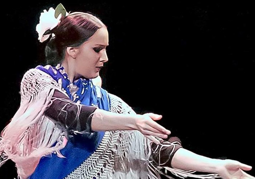 Eli perez-profesora sevillanas y flamenco